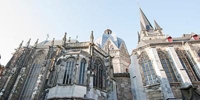 德国亚琛大教堂的圣查尔斯和圣休伯特礼堂