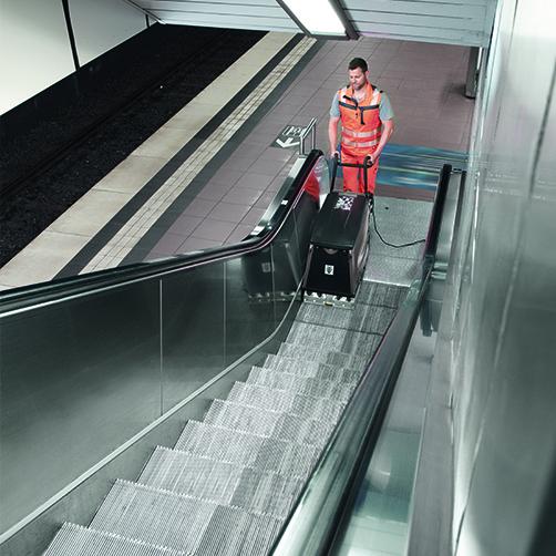 高效的自动扶梯清洗机