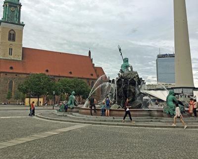 海王星喷泉-柏林,德国