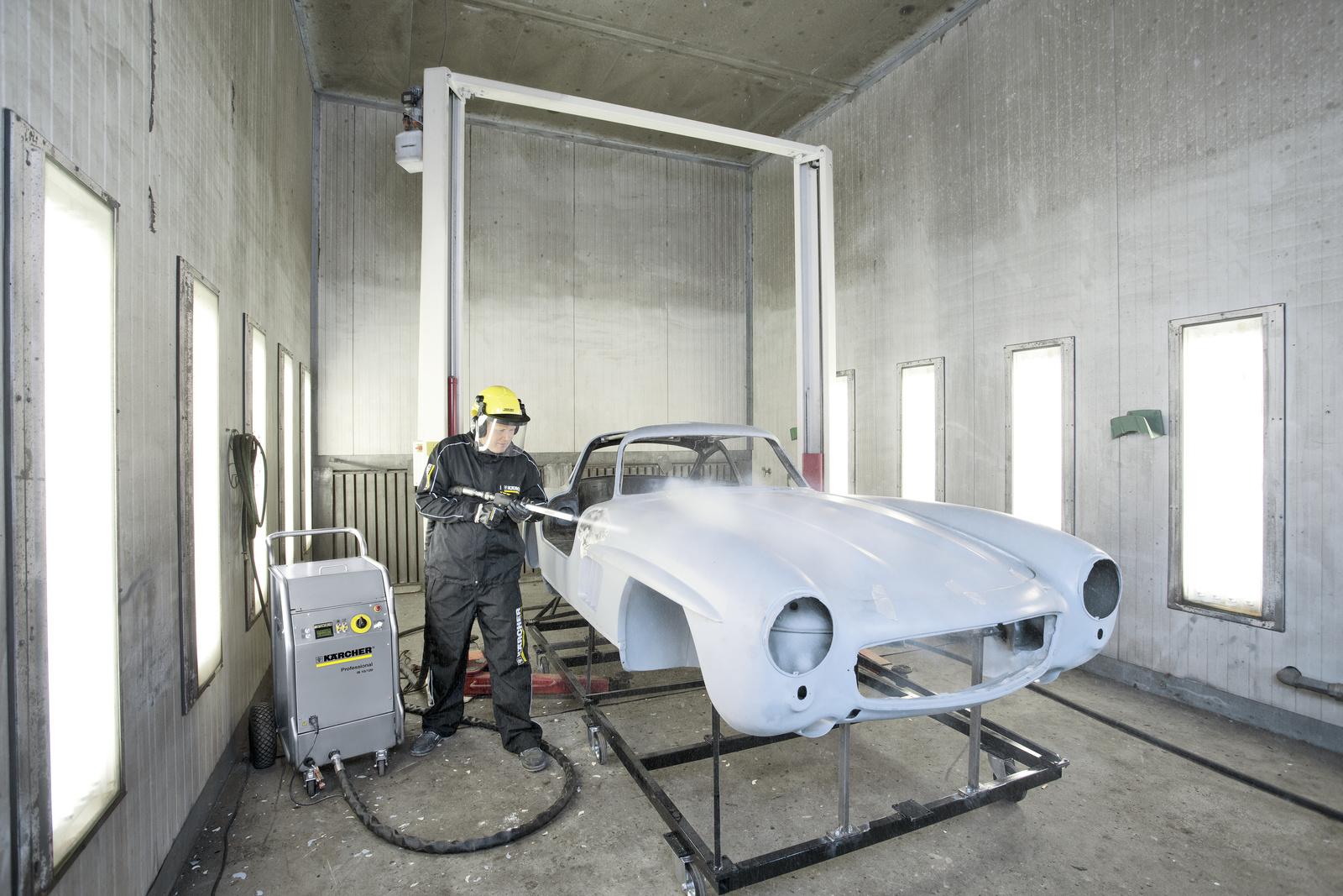 汽车工业,铸造厂和注塑模具厂