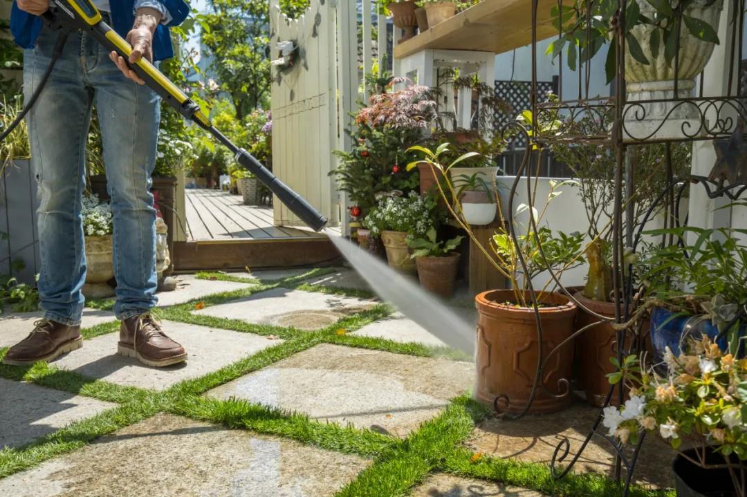 如何轻松自如地解决庭院清洁?卡赫带你了解庭院清洁!