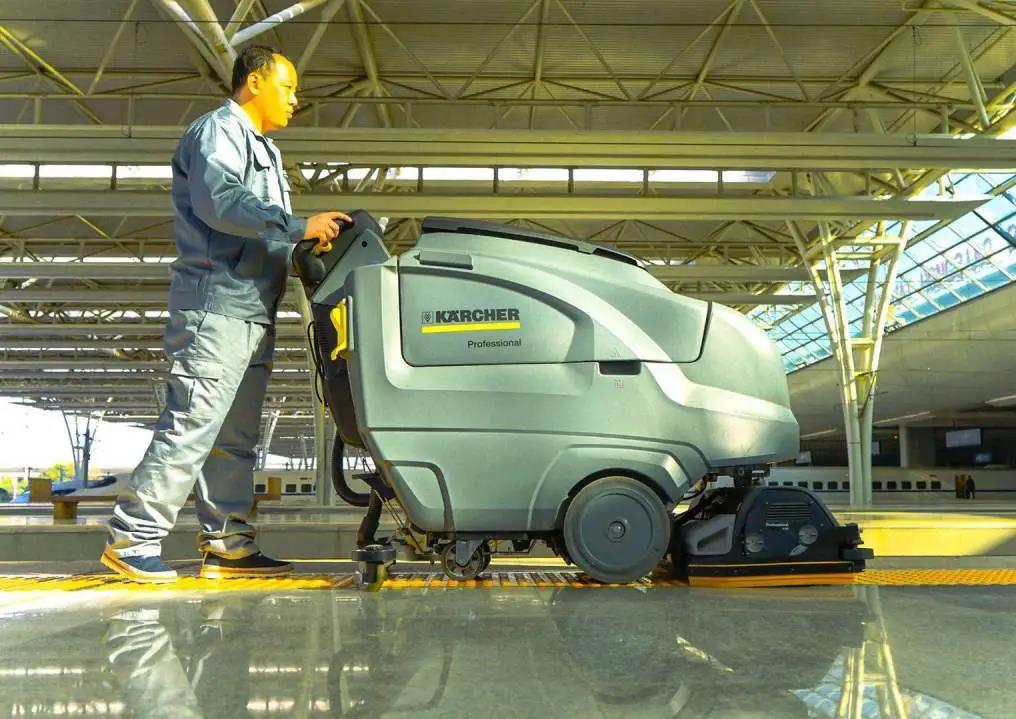 适用于高铁车站各区域的卡赫清洁装备(上)
