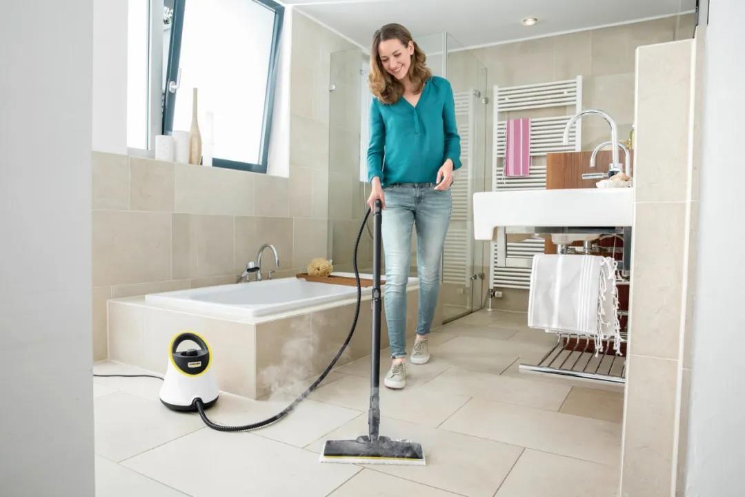 梅雨季节,如何进行浴室清洁?