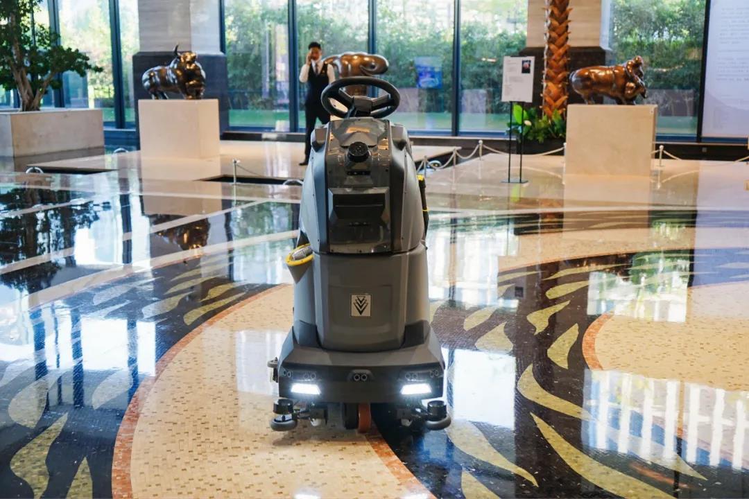 新品首发 | 卡赫AI智能清洁机器人,邀您共见智能清洁新时代