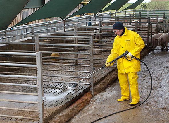 养殖厂区清洗