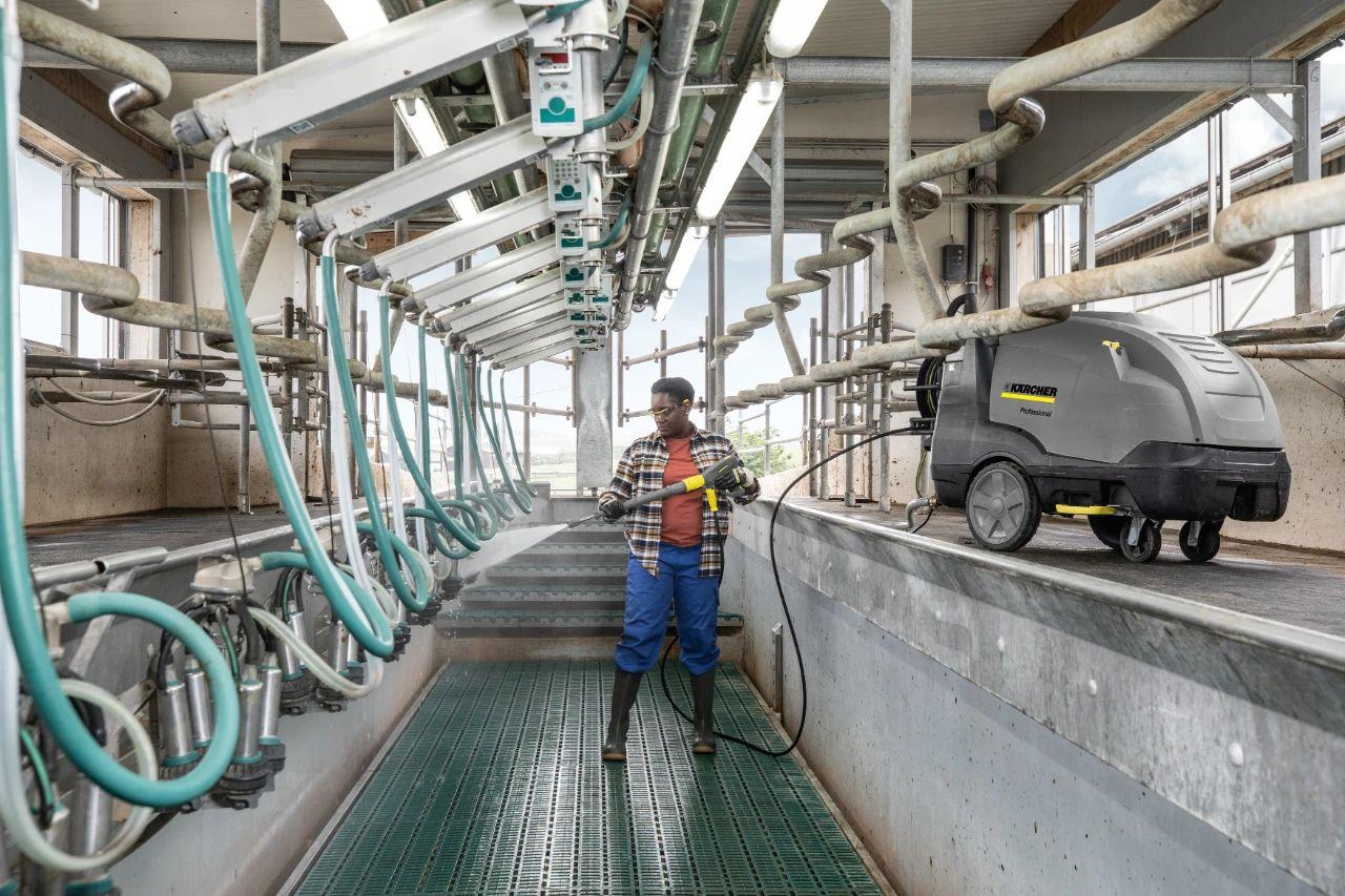 杜绝化学剂的深度消杀清洁,卡赫热水高压清洗机如何实现?