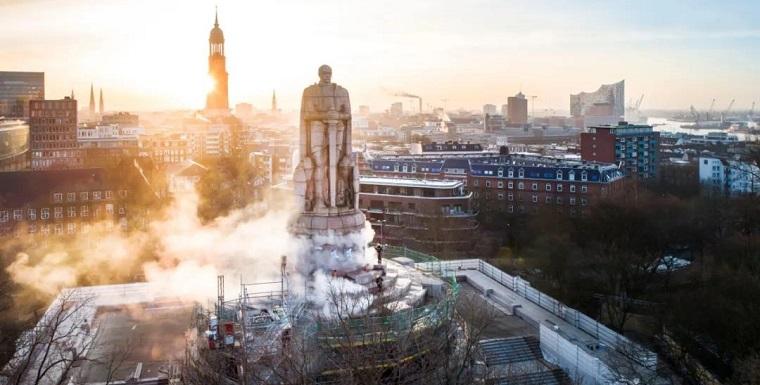 俾斯麦雕像 - 汉堡,德国